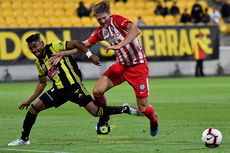 Melbourne City&rsquo;s Harrison Delbridge and Wellington Phoenix&rsquo; Roy Krishna in action during the A League - Wellington Phoenix v Melbourne City FC at Westpac Stadium, Wellington, New Zealand on Saturday 26 January 2019. <br /> Photo by Masanori Udagawa. <br /> www.photowellington.photoshelter.com