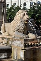 Brunnen auf dem Vörösmarty tér, Budapest, Ungarn