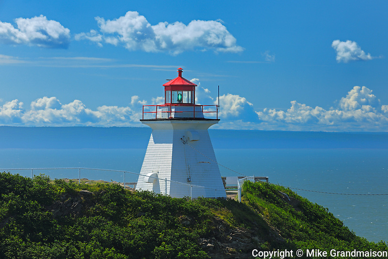 Lighthouse at entrance of Chignecto Bay<br /> Cape Enrage<br /> New Brunswick<br /> Canada