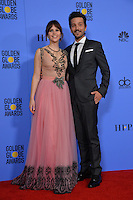 Felicity Jones &amp; Diego Luna at the 74th Golden Globe Awards  at The Beverly Hilton Hotel, Los Angeles USA 8th January  2017<br /> Picture: Paul Smith/Featureflash/SilverHub 0208 004 5359 sales@silverhubmedia.com