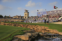 Danny Willett (ENG) makes his way onto the 18th green during the final round of the DP World Tour Championship, Jumeirah Golf Estates, Dubai, United Arab Emirates. 18/11/2018<br /> Picture: Golffile | Fran Caffrey<br /> <br /> <br /> All photo usage must carry mandatory copyright credit (© Golffile | Fran Caffrey)