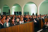 Guter Besuch in der Stadtkirche zur Musical Benefizshow- Gross-Gerau 01.10.2016: Musical Benefizshow für BIA Foundation für Kinder in Nepal in der Groß-Gerauer Stadtkirche