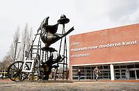Nederland  Amstelveen  2016 04 09.  Cobra Museum voor Moderne Kunst. Kunstwerk van Karel Appel. Foto Berlinda van Dam / Hollandse Hoogte