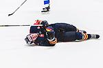 Stockholm 2015-09-04 Ishockey CHL Djurg&aring;rdens IF - EV Zug :  <br /> Djurg&aring;rdens Alexander F&auml;llstr&ouml;m har ont efter att ha skadat sig under den andra perioden av matchen mellan Djurg&aring;rdens IF och EV Zug <br /> (Foto: Kenta J&ouml;nsson) Nyckelord:  Ishockey Hockey CHL Hovet Johanneshovs Isstadion Djurg&aring;rden DIF Zug skada skadan ont sm&auml;rta injury pain depp besviken besvikelse sorg ledsen deppig nedst&auml;md uppgiven sad disappointment disappointed dejected