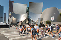 Incoming Occidental College students participate in Oxy Engage with the group LA Icons and tour the Walt Disney Concert Hall in downtown Los Angeles, on Aug. 24, 2016.<br /> Oxy Engage is a pre-orientation program that introduces incoming students to the vibrant city of Los Angeles. Upperclassmen facilitators lead trips to experience culture, film, food, nature, social justice, the urban environment, and much more.<br /> (Photo by Marc Campos, Occidental College Photographer)