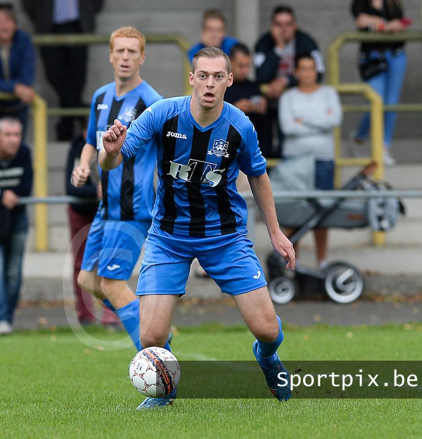 FC Veldegem :  Nils Vanderheydt <br /> Foto David Catry | VDB | Bart Vandenbroucke