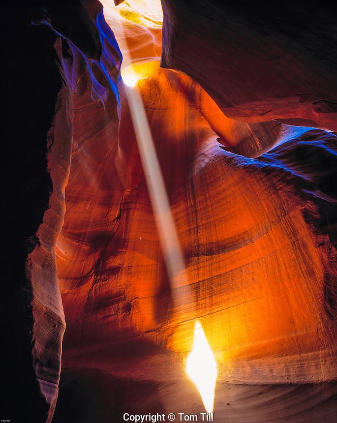 Light Ray Entering Antelope Canyon, Antelope Canyon Tribal Park, Arizona