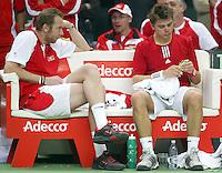04-03-2006,Swiss,Freibourgh, Davis Cup , Swiss-Netherlands, the Swiss bemch with  Stanislas Warinka and Marc Rosset