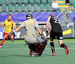 The Hague, Netherlands, June 15: Blair Tarrant #22 of New Zealand tries to score during the field hockey placement match (Men - Place 7th/8th) between Spain and the Black Sticks of New Zealand on June 15, 2014 during the World Cup 2014 at Kyocera Stadium in The Hague, Netherlands.  Final score after full time 1-1 (0-1). The Black Sticks of New Zealand win the shoot-out 1-4.  (Photo by Dirk Markgraf / www.265-images.com) *** Local caption ***