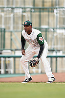 Fort Wayne TinCaps third baseman Carlos Belen (19) during the second game of a doubleheader against the Great Lakes Loons on May 11, 2016 at Parkview Field in Fort Wayne, Indiana.  Great Lakes defeated Fort Wayne 5-0.  (Mike Janes/Four Seam Images)