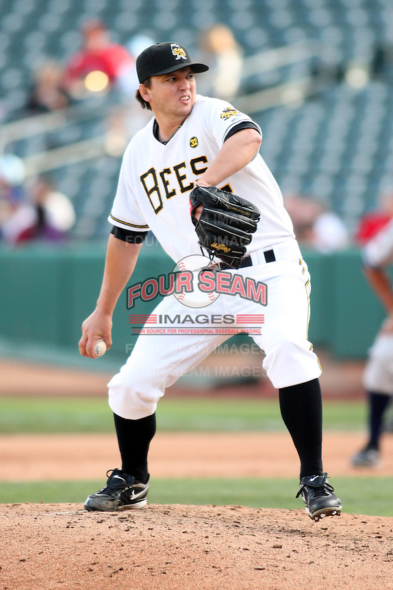 April 27, 2009:  Mike MacDonald of the Salt Lake Bees, Pacific Cost League Triple A affiliate of the Los Angeles (Anaheim) Angles, during a game at the Spring Mobile Ballpark in Salt Lake City, UT.  Photo by:  Matthew Sauk/Four Seam Images