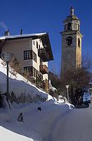 """Europe/Suisse/Engadine/St-Moritz: Détail de """"la tour qui penche"""""""