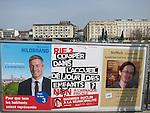 Lausanne, 15.03.2016<br /> Affiches &eacute;lections communales vaudoises et votation RIE III du 20 mars 2016.<br /> &copy; Mario Togni / Le Courrier