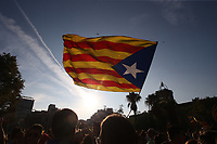 Supporters of the CUP demand to declare independence today from the outside of the Parliament of Catalonia. October  3, 2017. (ALTERPHOTOS/Juan Carlos Rojas)<br /> Referendum Indipendenza Catalogna <br /> Foto Alterphotos / Insidefoto <br /> ITALY ONLY