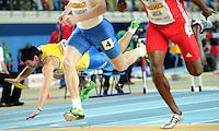 ISTAMBUL, TURQUIA, 10 DE MARCO 2012 - MUNDIAL DE ATLETISMO INDOOR -  Oleksiy Kasyanov (E) atleta Ucrania cai no heptatlo masculino 60 metros com barreira no Campeonato Mundial de Atletismo Indoor na Atakoy Arena, em Istambul na Turquia, neste sabado, 10. (FOTO: CHRISTIAN CHARISIUS / BRAZIL PHOTO PRESS).