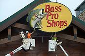 Bass Pro Shops sign goes up at former Cabela's 8/30/2018