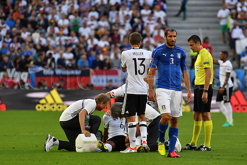 02.07.2016. Bordeaux, France. 2016 European football championships. Quarterfinals match. Germany versus Italy.  Injury to Sami Khedira (ger) which mean he was replaced by Schwiensteiger