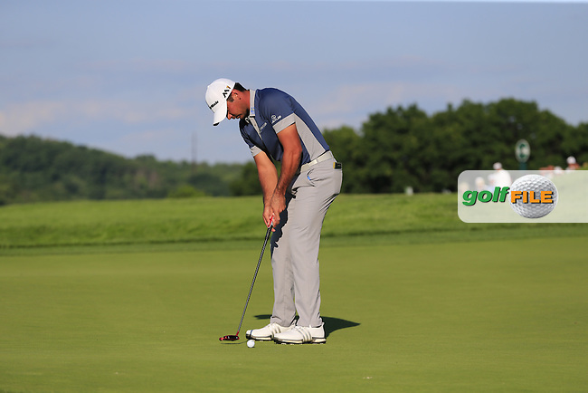 Jason Day (AUS) putts on the 18th green during Friday's Round 2 of the 2016 U.S. Open Championship held at Oakmont Country Club, Oakmont, Pittsburgh, Pennsylvania, United States of America. 17th June 2016.<br /> Picture: Eoin Clarke | Golffile<br /> <br /> <br /> All photos usage must carry mandatory copyright credit (&copy; Golffile | Eoin Clarke)