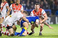 Picture by Allan McKenzie/SWpix.com - 09/03/2018 - Rugby League - Betfred Super League - Warrington Wolves v St Helens - Halliwell Jones Stadium, Warrington, England - Alex Walmsley and Luke Douglas tackle Daryl Clark.