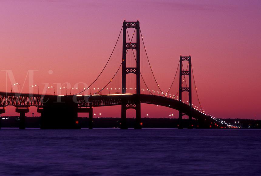 Mackinac Bridge, MI, Mackinaw City, Michigan, Upper Peninsula, Mackinac Bridge, a suspension span bridge, crosses the Straits of Mackinaw in Mackinaw City connecting the Lower Peninsula with the Upper Peninsula of Michigan.