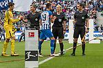 10.09.2017, Olympiastadion, Berlin, GER, 1.FBL, Hertha BSC vs SV Werder Bremen<br /> <br /> im Bild<br /> Bibiana Steinhaus (Schiedsrichterin / referee) klatscht mit Vedad Ibisevic (Hertha #19) ab, <br /> <br /> Foto &copy; nordphoto / Ewert