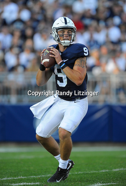 03 September 2016:  Penn State QB Trace McSorley (9) drops back in the pocket. The Penn State Nittany Lions defeated the Kent State Golden Flashes 33-13 at Beaver Stadium in State College, PA. (Photo by Randy Litzinger/Icon Sportswire)
