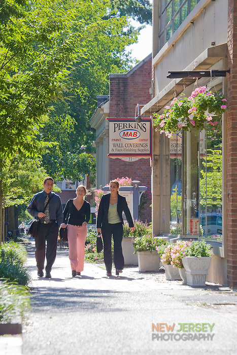 Young professionals, main street, Moorestown, New Jersey