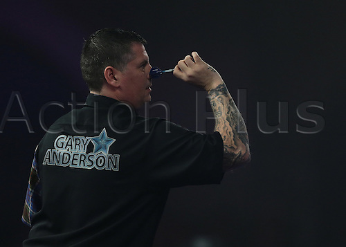 01.01.2016. Alexandra Palace, London, England. William Hill PDC World Darts Championship. World Champion Gary Anderson prepares to throw