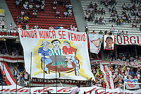 BARRANQUIILLA -COLOMBIA-27-10-2013. Aspecto del partido entre Atlético Junior y Millonarios válido por la fecha 16 válido por la Liga Postobón 2013-1 jugado en el estadio Metropolitano Roberto Meléndez de la ciudad de Barranquilla./ Aspect of the match between Atletico Junior  and Millonarios valid for the 16th date of the Postobon  League II 2013 played at Metropolitano Roberto Melendez stadium in Barranquilla city.  Photo: VizzorImage/Gabriel Aponte/STR