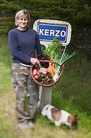Europe/France/Bretagne/56/Morbihan/ Belle-Ile-en-Mer/Env de Sauzon/Kerzo: Amandine Vasseur et ses légumes bio