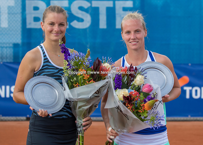 Amstelveen, Netherlands, 1 August 2020, NTC, National Tennis Center, National Tennis Championships, Women's Doubles final: Quirine Lemoine (NED) (L) and Richel Hogenkamp (NED) cwith the trophy<br /> Photo: Henk Koster/tennisimages.com