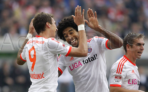 20.10.2012. Dusseldorf, Germany.  Dusseldorf versus  FC Bayern Munich. Mario Mandzukic Scorer for 1 0 cheering