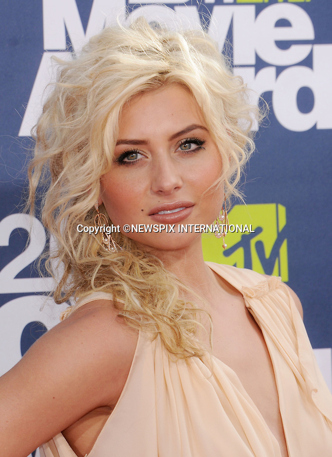 "ALYSON MICHALKA.attends the 2011 MTV Movie Awards at the Gibson Amphitheatre on June 5, 2011 in Universal City, California.Mandatory Photo Credit: ©Crosby/Newspix International. .**ALL FEES PAYABLE TO: ""NEWSPIX INTERNATIONAL""**..PHOTO CREDIT MANDATORY!!: NEWSPIX INTERNATIONAL(Failure to credit will incur a surcharge of 100% of reproduction fees)..IMMEDIATE CONFIRMATION OF USAGE REQUIRED:.Newspix International, 31 Chinnery Hill, Bishop's Stortford, ENGLAND CM23 3PS.Tel:+441279 324672  ; Fax: +441279656877.Mobile:  0777568 1153.e-mail: info@newspixinternational.co.uk"