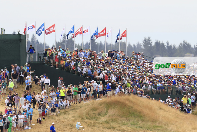 Packed galleries during Thursday's Round 1 of the 2015 U.S. Open 115th National Championship held at Chambers Bay, Seattle, Washington, USA. 6/18/2015.<br /> Picture: Golffile | Eoin Clarke<br /> <br /> <br /> <br /> <br /> All photo usage must carry mandatory copyright credit (&copy; Golffile | Eoin Clarke)