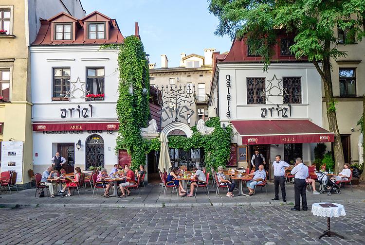 """Restauracja """"Ariel"""" na ulicy Szerokiej na krakowskim Kazimierzu."""
