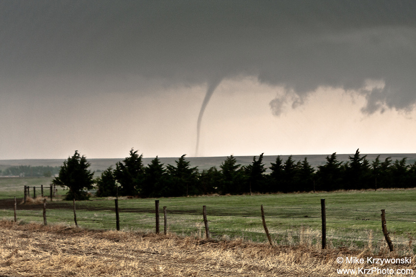Rope Tornado in Grainfield, KS, May 22, 2008