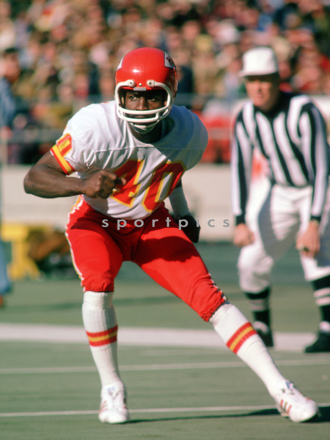 Kansas City Jim Marsalis (40) during a game from his 1975 season with the Kansas City Chiefs.  Jim Marsalis played for 8 years with 2 different teams and was a 2-time Pro Bowler.(SportPics)