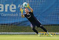 Torwart Marcel Schuhen (SV Darmstadt 98) - 01.08.2020: SV Darmstadt 98 Trainingsauftakt, Stadion am Boellenfalltor, 2. Bundesliga, emonline, emspor<br /> <br /> DISCLAIMER: <br /> DFL regulations prohibit any use of photographs as image sequences and/or quasi-video.