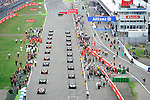 F1 Race Start - <br />  Foto &copy; nph / Mathis