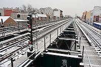 Astoria NY - 18 January 2009 - The elevated N train line in the snow.