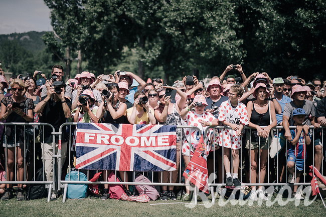 Chris Froome (GBR/SKY) fans at the stage start<br /> <br /> 104th Tour de France 2017<br /> Stage 19 - Embrun › Salon-de-Provence (220km)