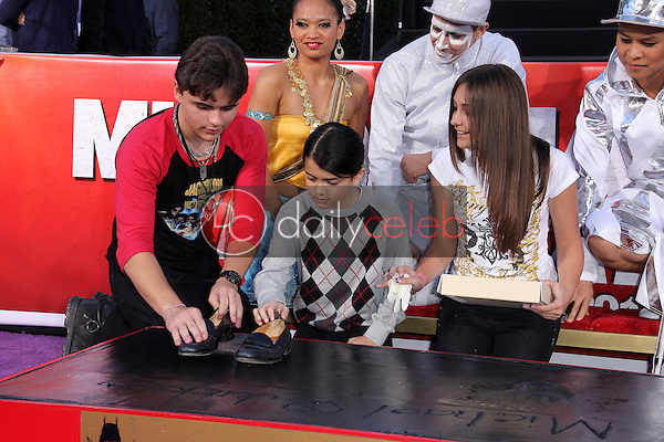 Prince Jackson, Paris Jackson, Blanket Jackson<br />