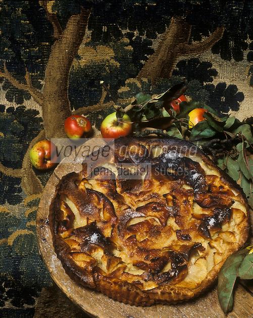 Europe/France/Limousin/23/Creuse: Flognarde aux pommes du pays  et tapisserie d'Aubusson