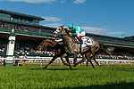 October 06 2018 : A Raving Beauty with John Velazquez up wins the First Lady States at Keeneland Racecourse on October 05, 2018 in Lexington, Kentucky. Evers/ESW/CSM