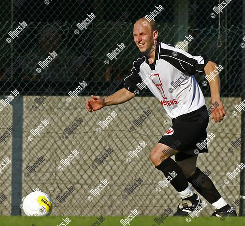 2007-08-01 / Voetbal / Vlimmeren / Wim Dillen