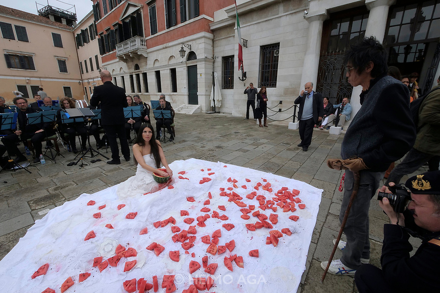 57th Art Biennale in Venice - Viva Arte Viva.<br /> Romina de Novellis: Inferno (Performance).