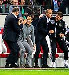Nederland, Amsterdam, 24 oktober  2012.Champions League.Seizoen 2012-2013.Ajax-Manchester City 3-1.Frank de Boer, trainer-coach van Ajax juicht na de 3-1 overwinning op Manchester City