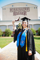 Spring graduates in Junction posing for photos.<br />  (photo by Sarah Dutton / &copy; Mississippi State University)