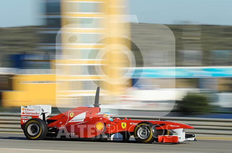 02.02.2011, Street Circuit, Jerez, ESP, Formel 1 Test 1 Valencia 2011,  im Bild Fernando Alonso (ESP),  Scuderia Ferrari Foto © nph / Dieter Mathis