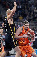 Valencia Basket Club's Serhiy Lishchuk (r) and Herbalife Gran Canaria's Xavi Rey during Spanish Basketball King's Cup semifinal match.February 07,2013. (ALTERPHOTOS/Acero) /NortePhoto